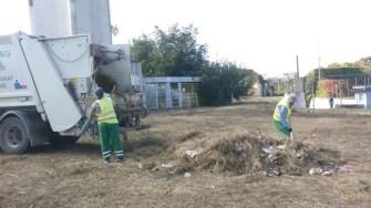 Angajații Polaris M Holding au curățat stadionul Farul. FOTO Polaris M Holding