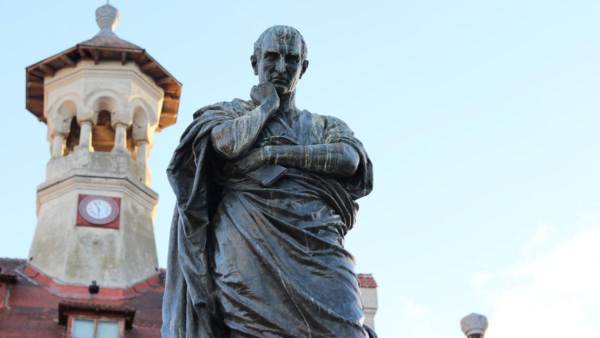 Statuia poetului Ovidiu – Ovidius Publius Naso de la Constanța. FOTO Adrian Boioglu
