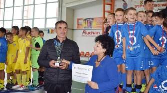 Micii fotbaliști au fost premiați de către Primăria Cumpăna. FOTO Primăria Cumpăna