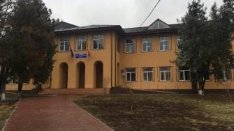 Școala din comuna Poarta Albă. FOTO CTnews.ro
