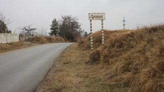 Intrarea în comuna Seimeni. FOTO CTnews.ro