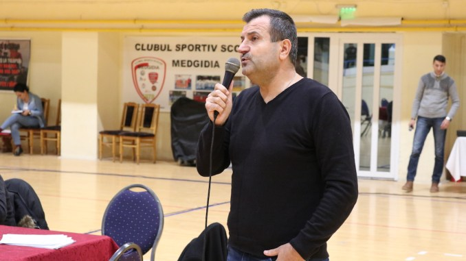 Primarul Valentin Vrabie s-a adresat direct medgidienilor. FOTO Adrian Boioglu