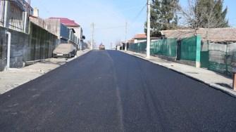 La Cernavodă se continuă lucrările de asfaltare. FOTO Primăria Cernavodă