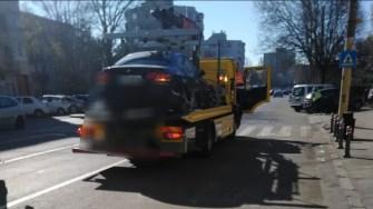 Mașinile parcate neregulamentar au început să fie ridicate. FOTO DGPL Constanța