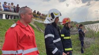 Pompierii îl caută pe tânărul dispărut. FOTO ISU Dobrogea