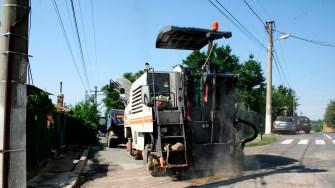 Primăria Cernavodă continuă asfaltările în oraș. FOTO Ctnews.ro