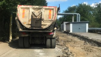 Primăria Cernavodă continuă asfaltarea străzilor din oraș. FOTO CTnews.ro