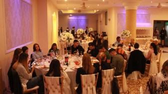 Primăria Medgidia i-a premiat pe tinerii majori, pe cei proaspăt căsătoriți și cuplurile cu 25 și 50 de ani de căsnicie. FOTO CTnews.ro