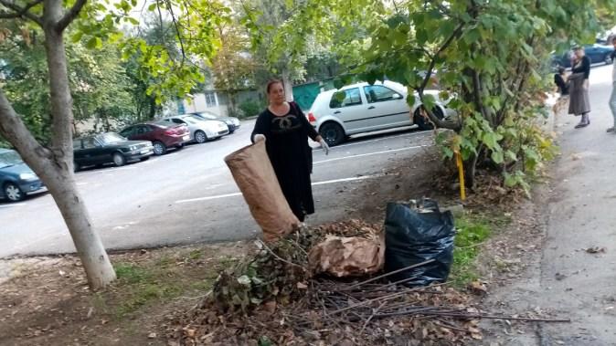 """Oricine se poate alătura campaniei """"Curățăm Constanța Noastră"""". FOTO Primăria Constanța"""