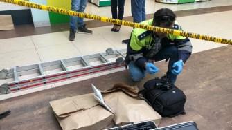 Criminaliștii au verificat atent locul faptei. FOTO CTnews.ro