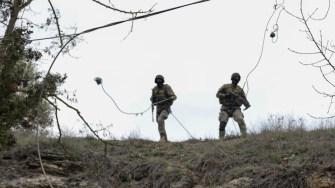 Scafandrii militari au fost susținuți de colegii din forțele de uscat. FOTO SMFN