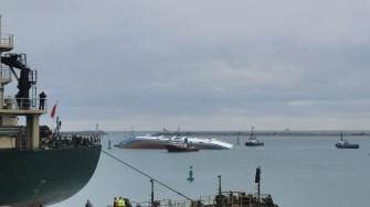 Nava sub pavilion Palau s-a răsturnat în Portul Midia. FOTO CTnews.ro
