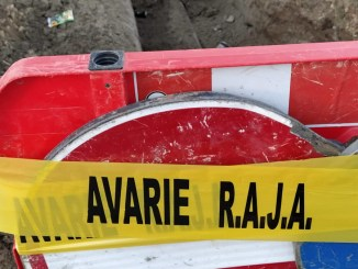 Trafic rutier îngreunat pe strada Soveja, în zona Lidl, din cauza unei avarii RAJA