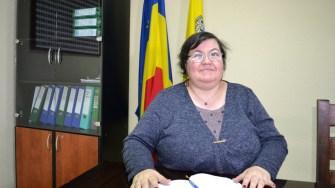 Mihaela Dominte din cadrul Primăriei Hârșova. FOTO CTnews.ro