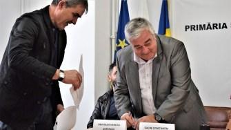 """Antrenorul Constantin Gache face parte din echipa Clubului Sportiv """"Victoria Cumpăna"""". FOTO Primăria Cumpăna"""