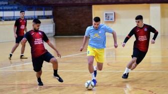"""Pasionații de fotbal s-au întâlnit la """"Cupa Municipiului Medgidia"""" la fotbal în sală. FOTO CS Medgidia"""