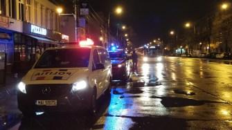 Echipaje ale forțelor de ordine au ieșit în stradă pentru a verifica restricția de circulație pentru cetățeni. FOTO Cătălin SCHIPOR