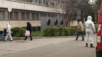 Persoanele fără adăpost au fost duse de Poliția Locală la UPU. FOTO Schipor CĂTĂLIN