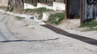 Primăria Seimeni începe asfaltarea drumurilor. FOTO Adrian Boioglu