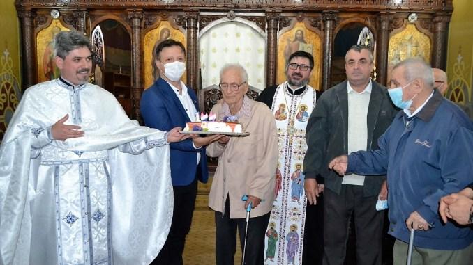 Moment aniversar la Hârșova: Constantin Cantacuz sărbătorit la împlinirea vârstei de 100 de ani! FOTO Primaria Hârșova