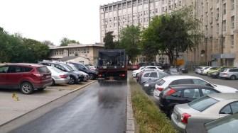 Mașinile Polaris igienizează în zona unităților sanitare. FOTO Polaris M Holding