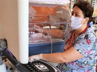 Secția de Neonatologie de la Constanța a fost dotată cu un ecograf de ultimă generație. FOTO Asociația Dăruiește Aripi
