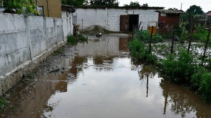 Inundații în Mihail Kogălniceanu. FOTO ISU Dobrogea