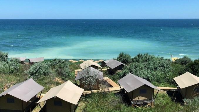 Dezastru pe plaja de la Tuzla: FOTO CJPC