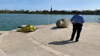 Bărbat găsit mort în lacul Tăbăcărie. FOTO Adrian Boioglu