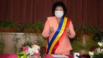 Mariana Gâju a preluat un nou mandat de primar al comunei Cumpăna. FOTO Paul Alexe