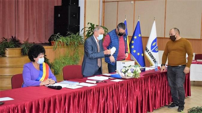Prima ședință a noului Consiliu Local Cumpăna. FOTO Facebook Mariana Gâju
