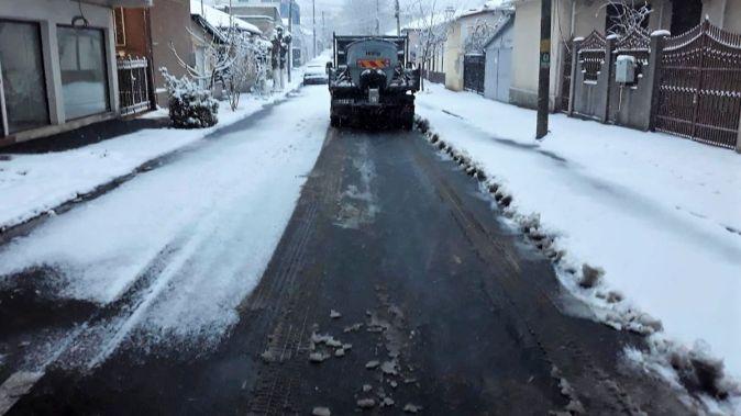Pe străzile din Constanța se circulă în condiții de iarnă. FOTO Primăria Constanța