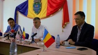 Erdin Borgazi, Gheorghe Cojocaru și Eden Mamut . FOTO Paul Alexe