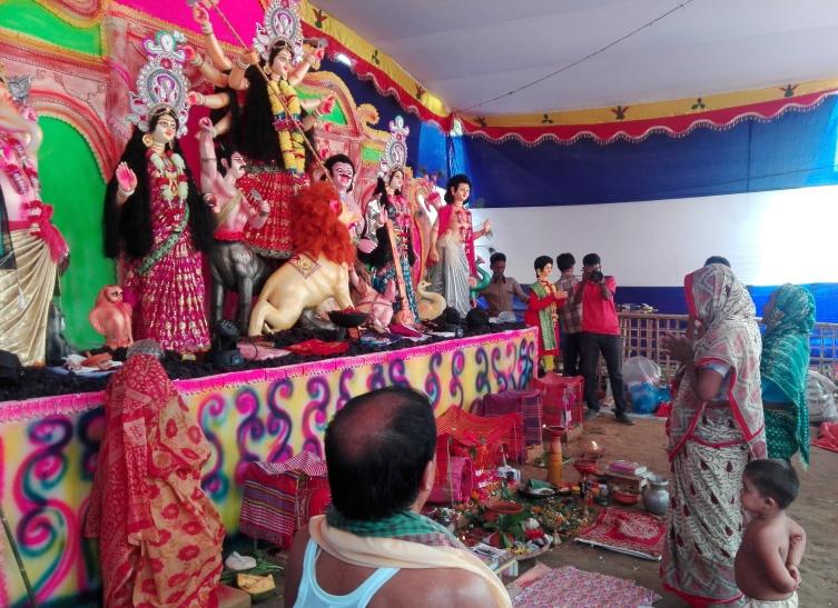 উখিয়া হিন্দু রোহিঙ্গা ক্যাম্পে শারদীয় দুর্গোৎসব