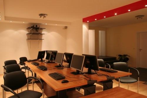bernachtung b b zimmer fewo apartment wellness im haus. Black Bedroom Furniture Sets. Home Design Ideas