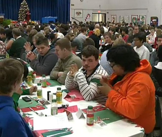 Christmas Dinner At Edmonton School A Special Tradition For Nearly  Years Ctv News Edmonton
