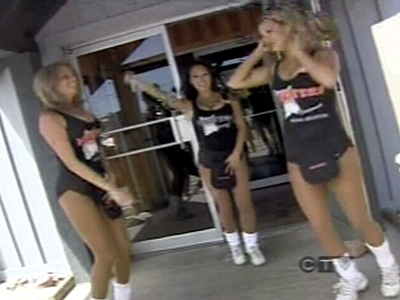 Hooters girls too distracting  CTV News