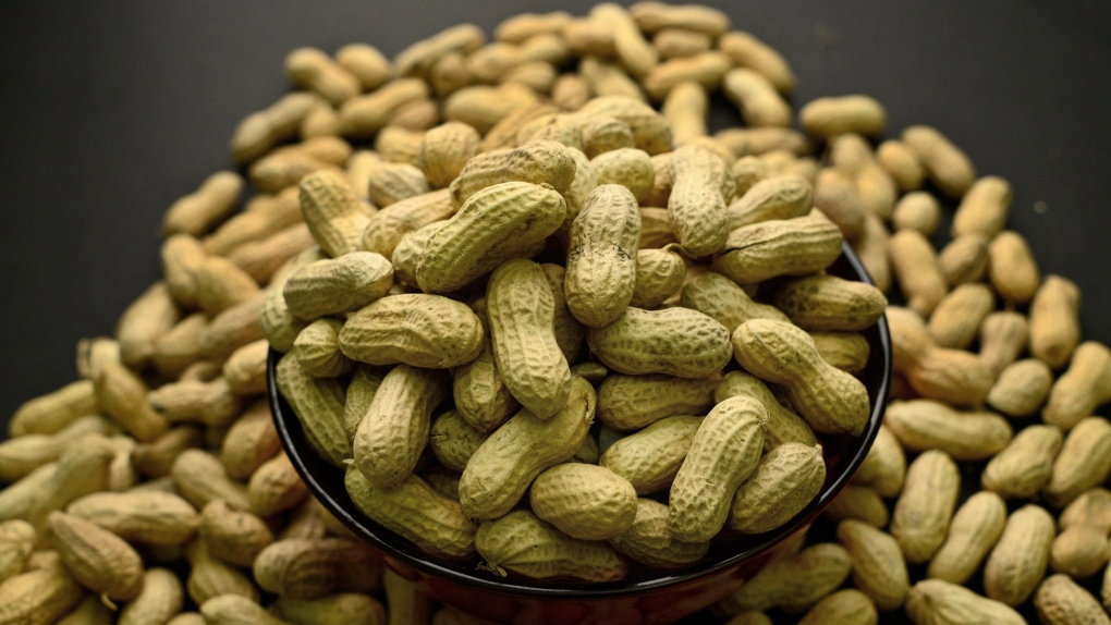 Tips for giving babies peanut-based foods to prevent allergy | CTV ...