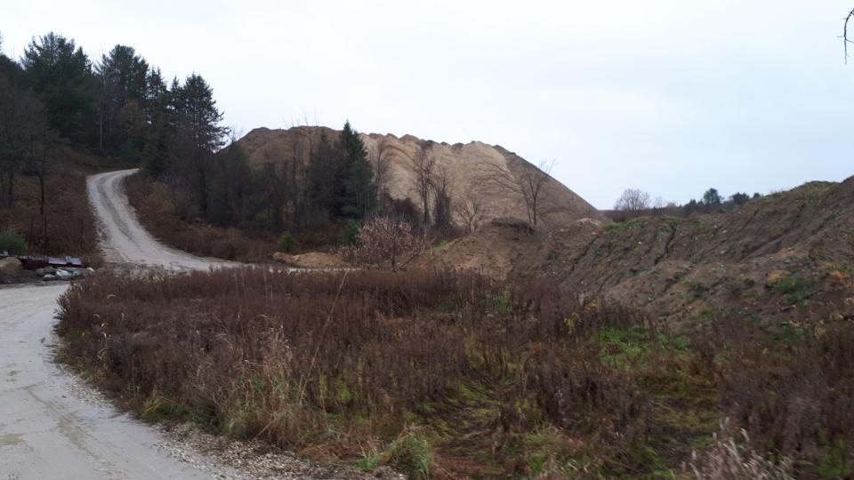 Quebec man dies in Sandpit tragedy following landslide near Wakefield Thursday morning  CTV