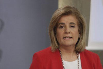 Fátima Báñez, ministra de Trabajo y Seguridad Social, responde a las preguntas de los periodistas durante la rueda posterior al Consejo de Ministros del 29 de junio de este año