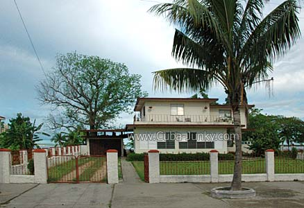 Casa Hostal Mirtha Cienfuegos  CubaJunky Casa Particular  Reviews