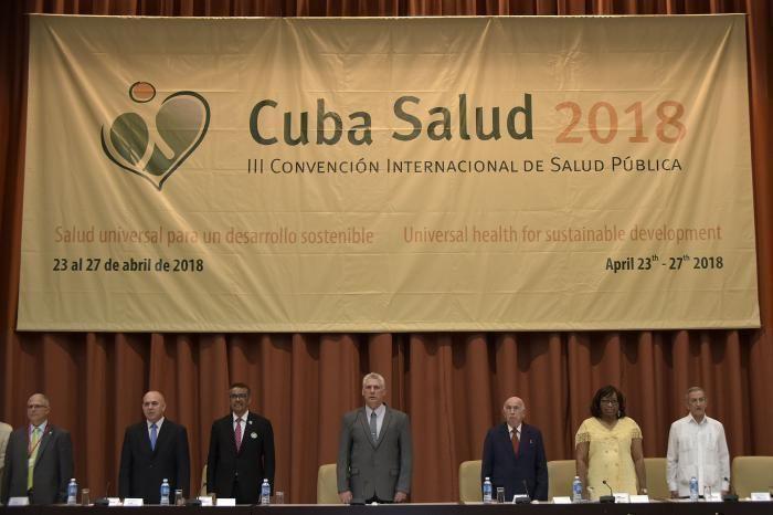 Díaz-Canel preside inauguración de la Convención de Salud. Foto: Estudio Revolución