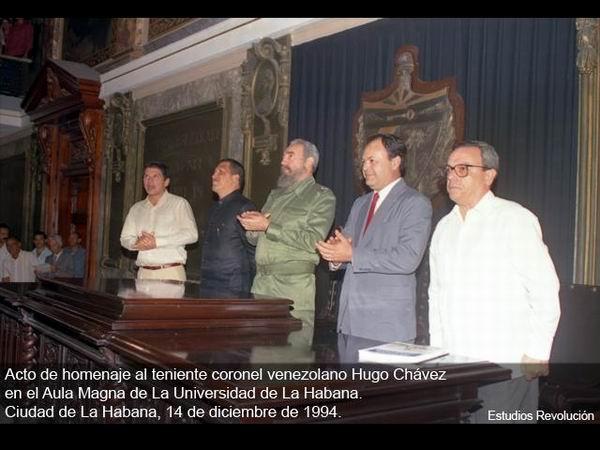 Fidel y Chávez en aula magna de la UH