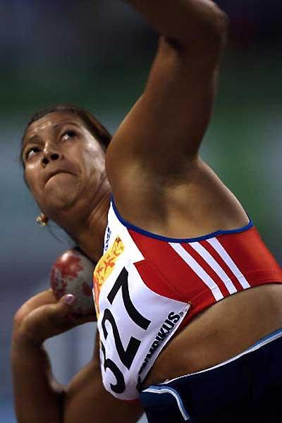 Cuba con dos finalistas en bala en Mundial de atletismo