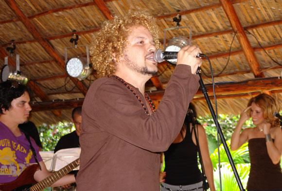 Presentación del nuevo disco de David Torrens, Razones. Foto:  Marianela Dufflar