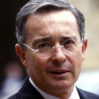 """Uribe autorizó """"operaciones clandestinas"""" en Venezuela, según Wikileaks"""