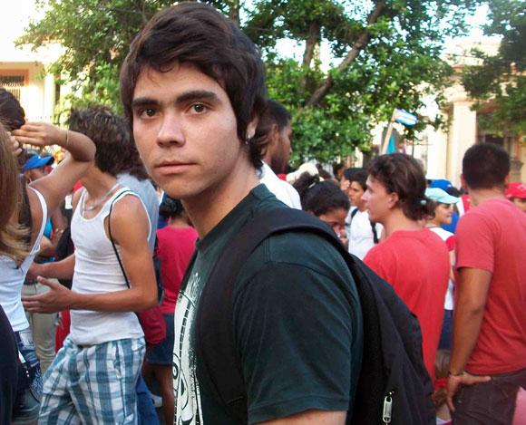 aniel Romero, que encarnó al joven José Martí en la más reciente  producción de Fernando Pérez, participa junto a sus compañeros del  Instituto Superior de Arte (ISA)