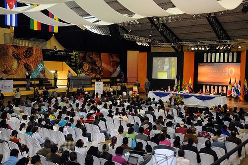 Otavalo, 24 de Junio de 2010.  Reunión de Autoridades Indígenas y Afrodescendientes de los países del ALBA, en el coliseo de Otavalo. (Foto Santiago Armas/Presidencia de la República)
