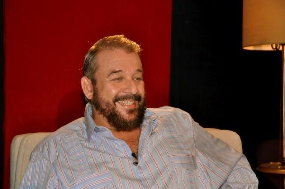 "Manuel Calviño en ""Con 2 que se quieran"". Foto: Petí"