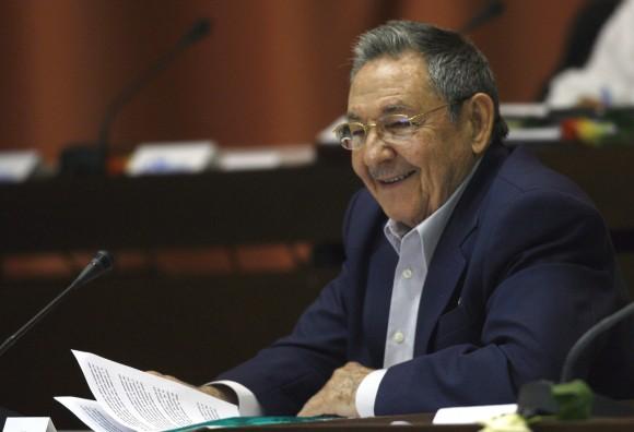 Intervención de Raúl Castro, Presidente de los Consejos de Estado y de Ministros, durante la sesión final de este sexto periodo ordinario de la VII legislatura del Parlamento, en La Habana, Cuba, el 18 de diciembre de 2010. Foto: Ismael Francisco